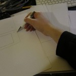 Réalisation d'une maquette en papier pour valider l'agencement.