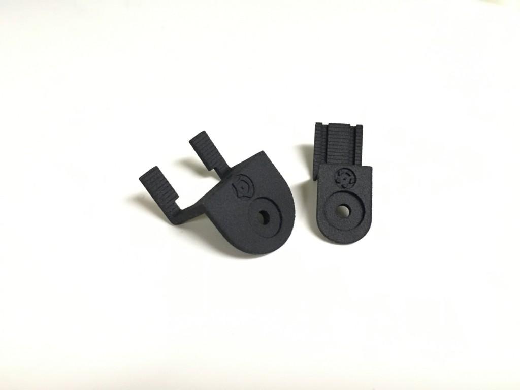 Ces pièces présentent un effet d'escalier dû à la résolution de l'imprimante.